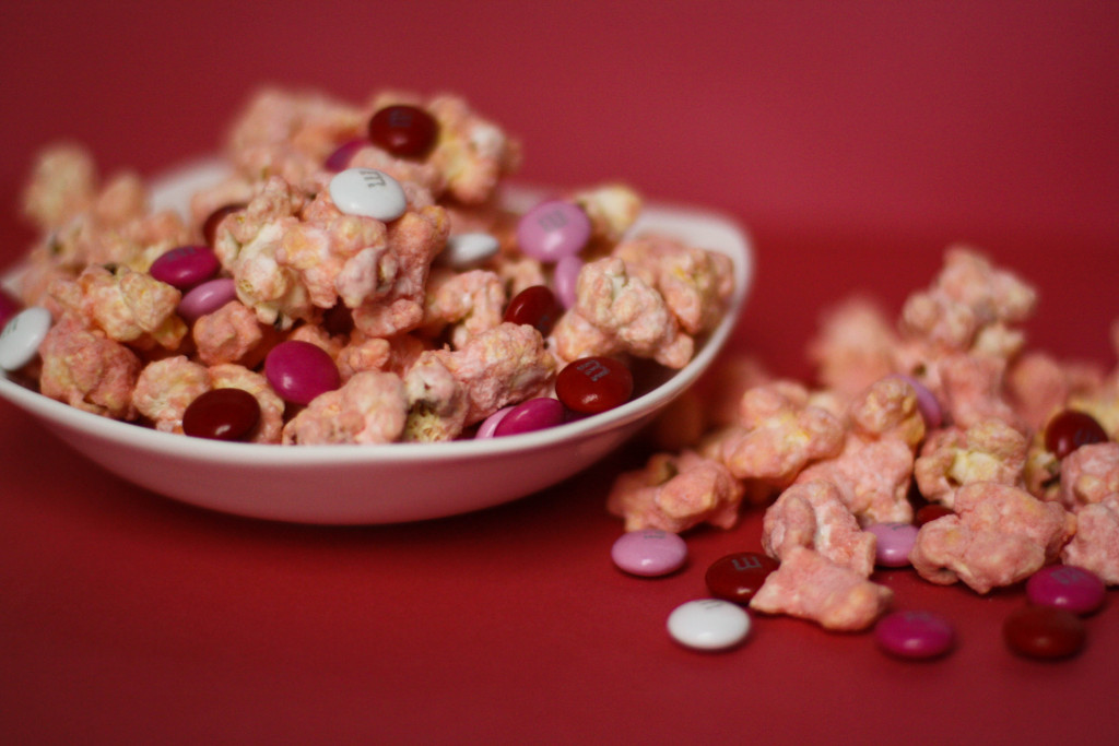 Southern Made Blog | Strawberry Cake Popcorn
