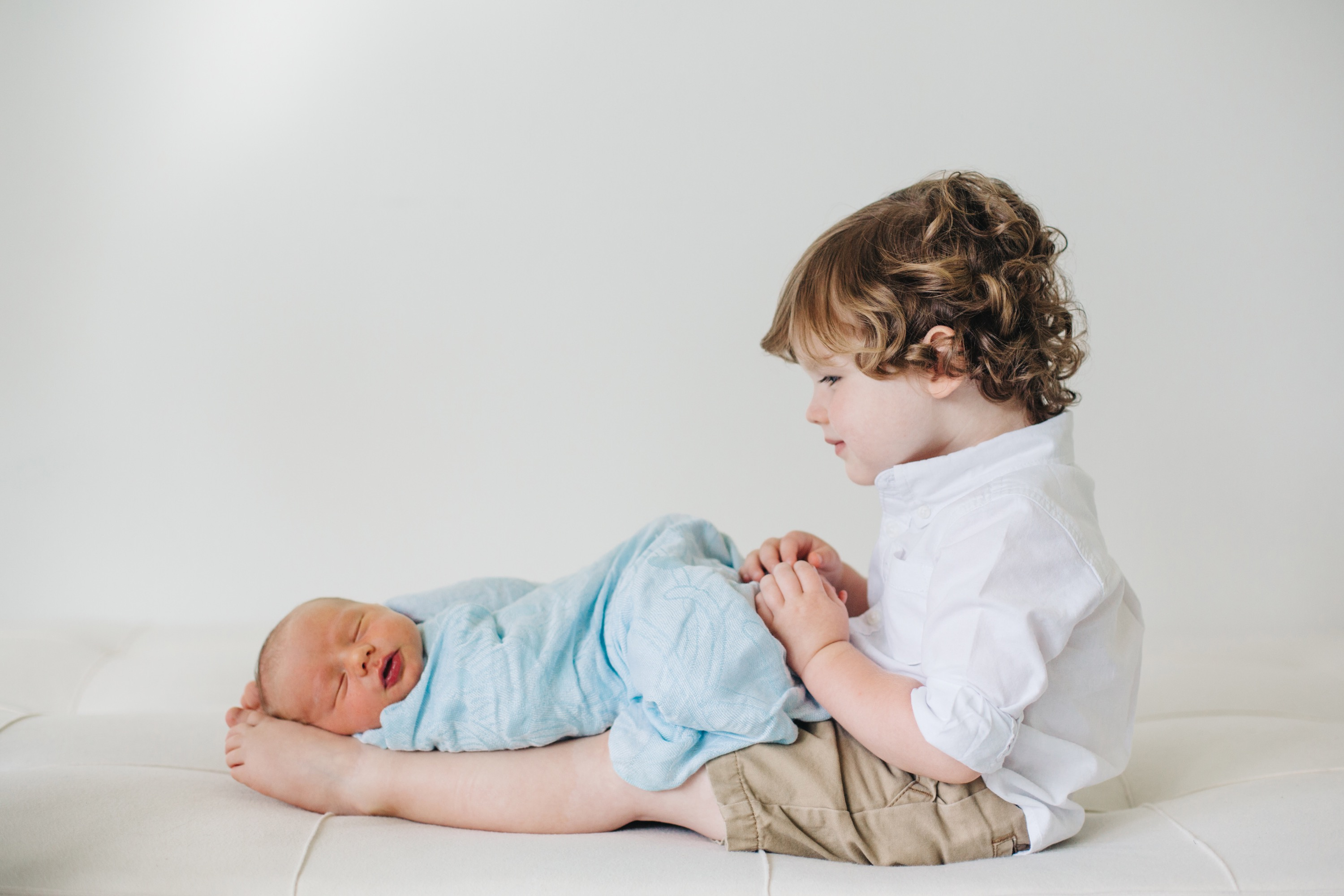 Newborn + Family Pictures