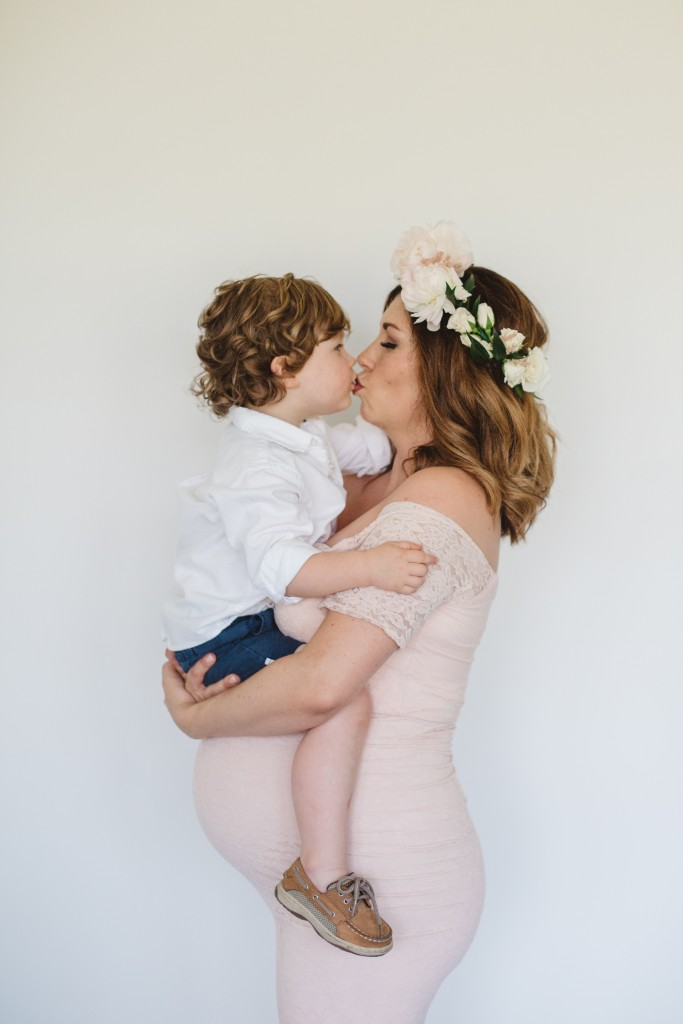 Family Maternity Pictures | Southern Made Blog